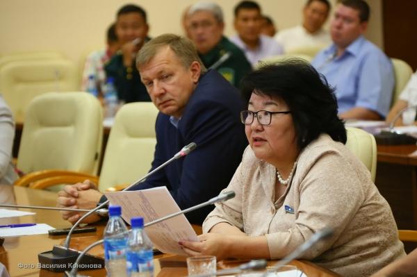 ЦС КМНС – Елена Голомарева предложила снять ограничения на охоту для народов Севера