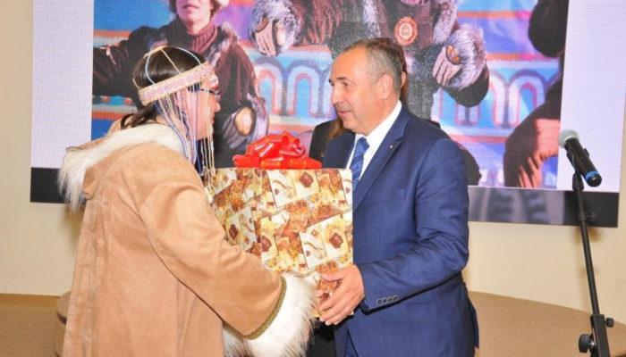 Мэрия Магадана будет оплачивать покупку жилья КМНС