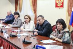 Юрий Хатанзейский принимает участие в семинаре для руководителей общин НАО