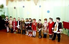 Дети эвенков и русских с удовольствием изучают эвенкийский язык, культуру, танцы