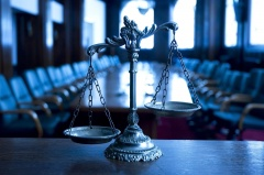 Вышел в свет августовский обзор правовой информации. Учет коренных, изменения в правила рыболовства и судебная практика