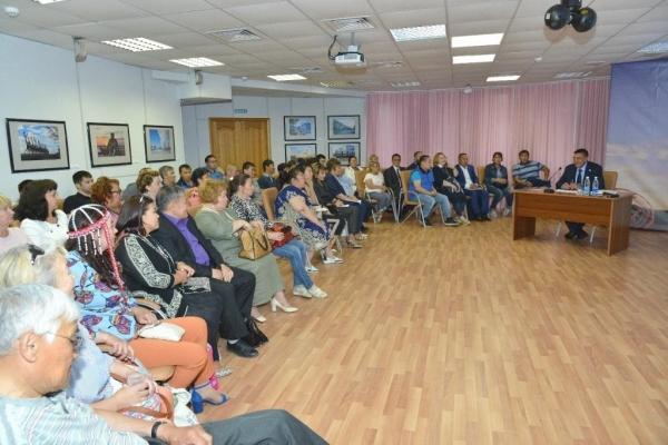 ЦС КМНС – Глава Таймыра Евгений Вершинин встретился с активом представителей таймырских этносов